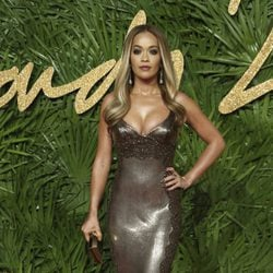 Rita Ora en los British Fashion Awards 2017