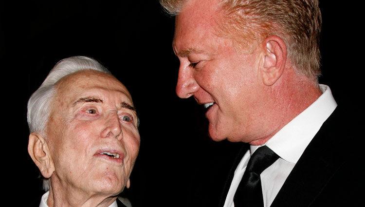 Kirk Douglas y su hijo Peter Douglas