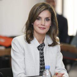 La Reina Letizia en su visita a la oficina técnica de cooperación de Dakar