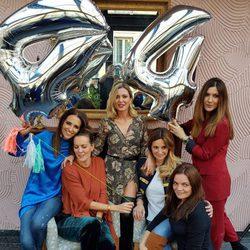 Las Pencas celebrando el cumpleaños de Ali Promesas