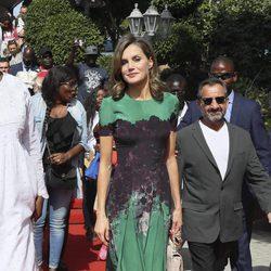La Reina Letizia visita la Cruz Roja de Senegal