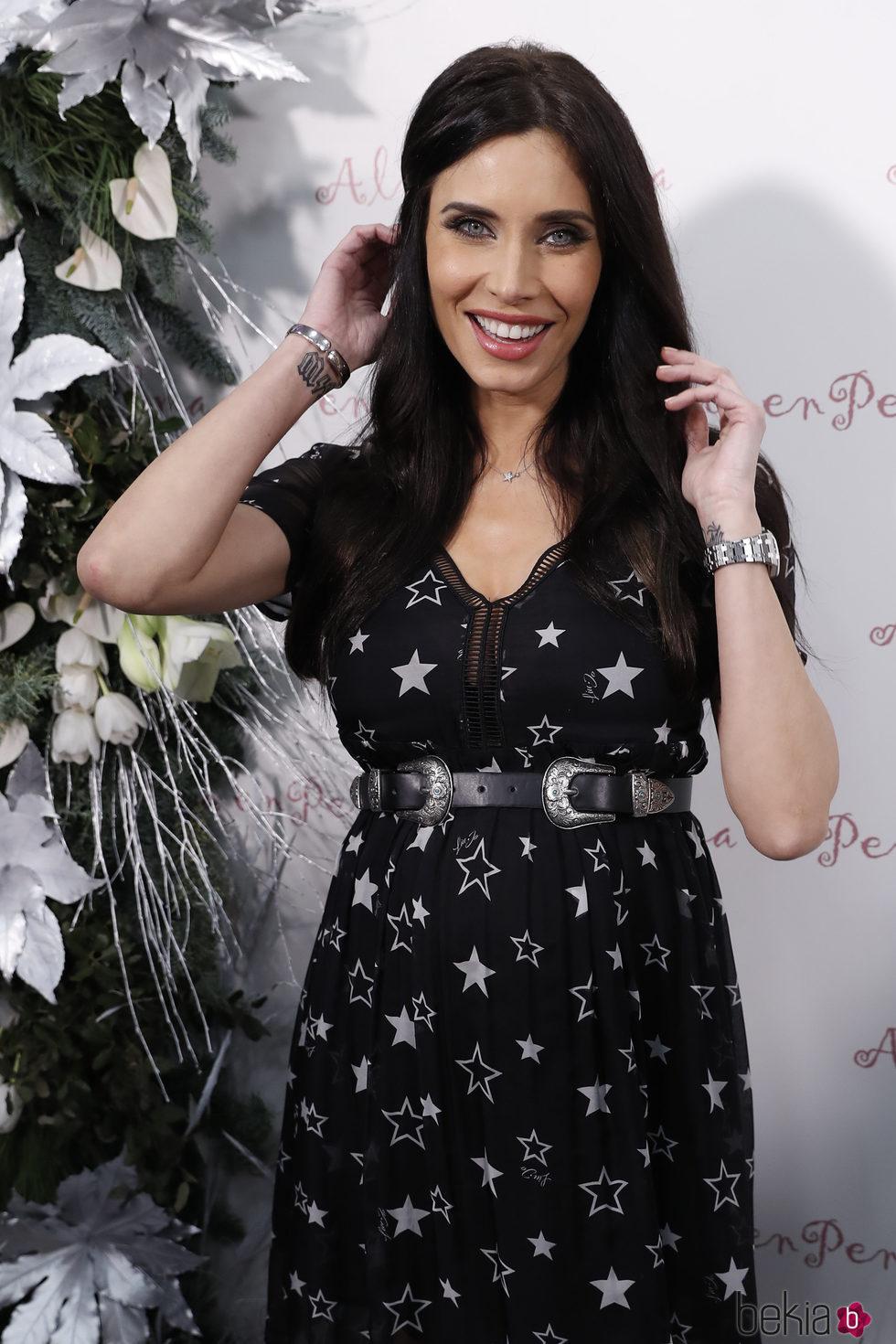 Pilar Rubio presume de embarazo con una gran sonrisa
