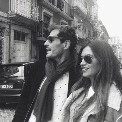 Iker Casillas y Sara Carbonero de paseo 'dominguero' por Oporto