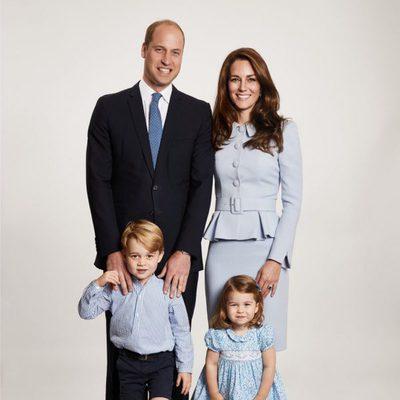 Los Duques de Cambridge, el Príncipe Jorge y la Princesa Carlota felicitan la Navidad 2017