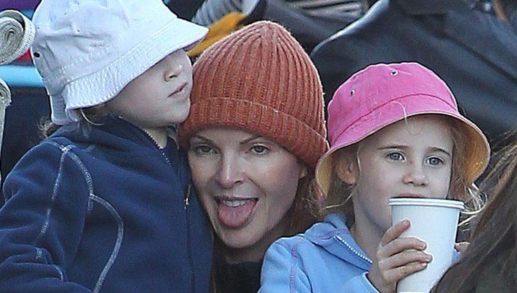 Marcia Cross con sus dos gemelas