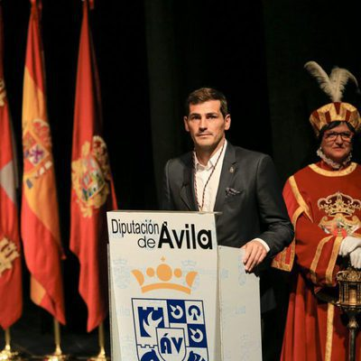 Iker Casillas recibe la Medalla de Oro de Ávila