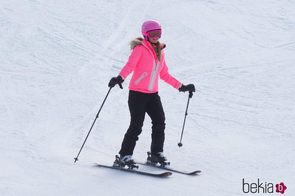 Paris Hilton esquiando en Aspen, Colorado