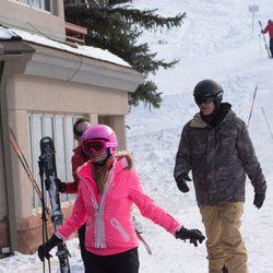 Paris Hilton preparada para esquiar