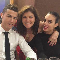 Dolores Aveiro dando la bienvenida a 2018 con Cristiano Ronaldo y Georgina Rodríguez