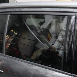 La Infanta Margarita saliendo de su casa para acudir al 80 cumpleaños del Rey Juan Carlos