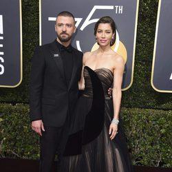 Justin Timberlake y Jessica Biel en la alfombra roja de los Globos de Oro 2018