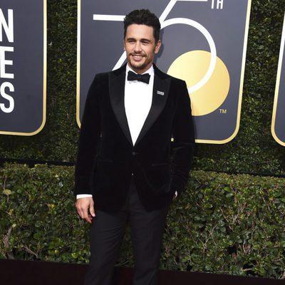 James Franco en la alfombra roja de los Globos de Oro 2018