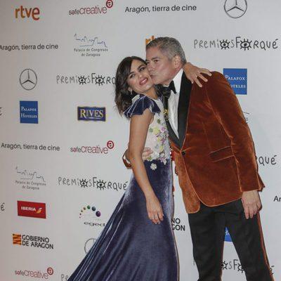 Boris Izaguirre y Elena Sánchez en la alfombra roja de los Premios Forqué 2018
