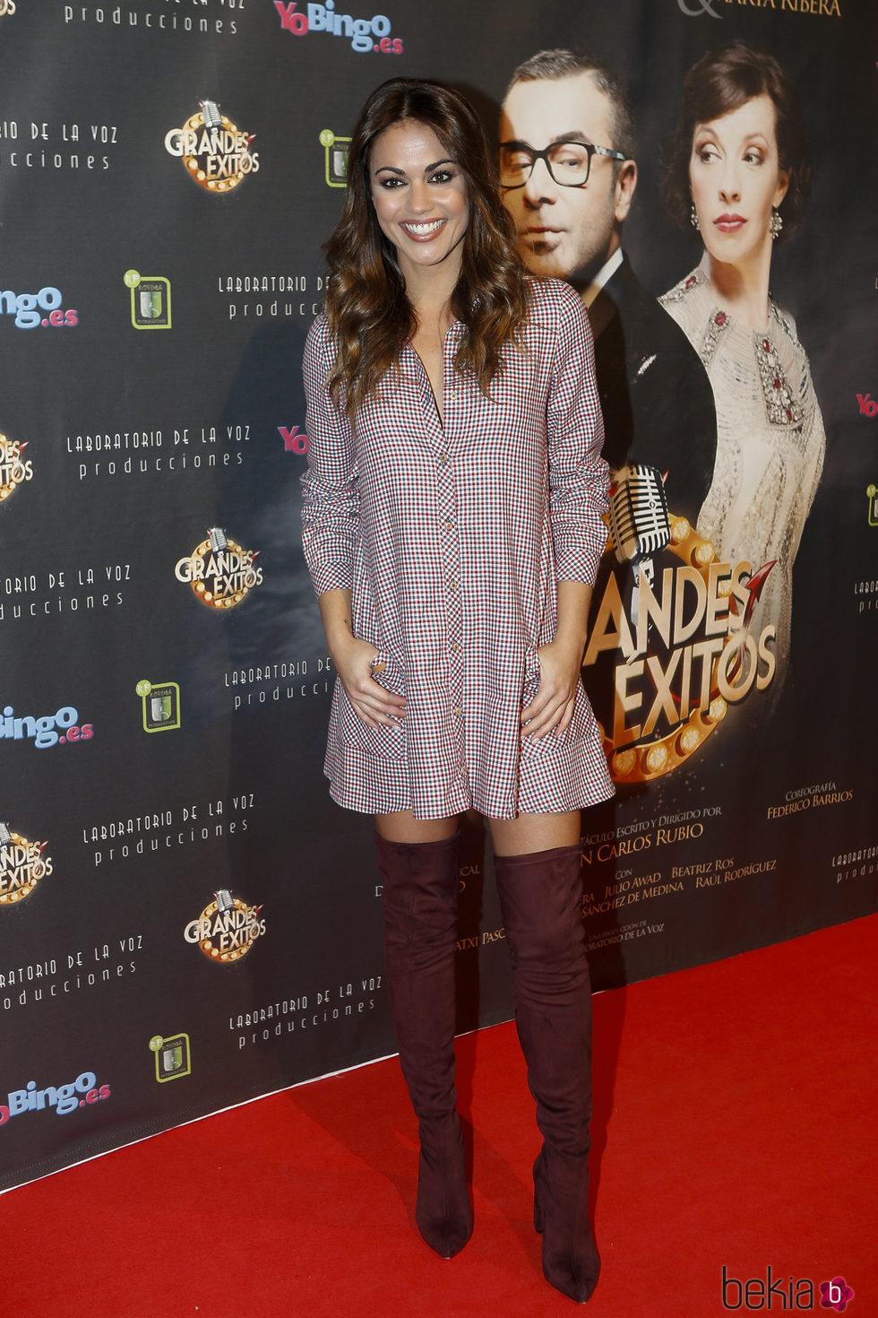 Lara Álvarez en el estreno de 'Grandes éxitos'