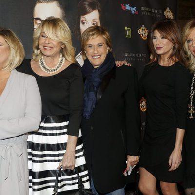 Terelu Campos, Mila Ximénez, Chelo García Cortés, Gema López y Lydia Lozano en el estreno de 'Grandes éxitos'