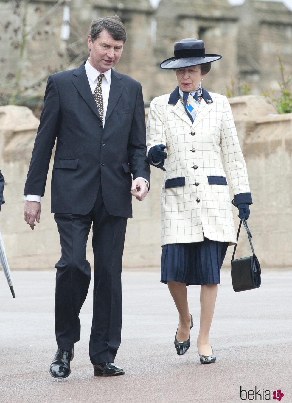 La Princesa Ana y Sir Timothy Laurence