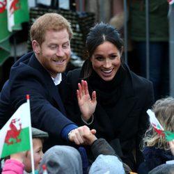 El Príncipe Harry y Meghan Markle en Gales