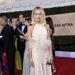 Margot Robbie en la alfombra roja de los SAG 2018