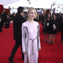 Saoirse Ronan en la alfombra roja de los SAG 2018