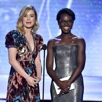 Brie Larson y Lupita Nyong'o en la gala de los SAG 2018