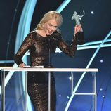 Nicole Kidman recogiendo su galardón en la gala de los SAG 2018