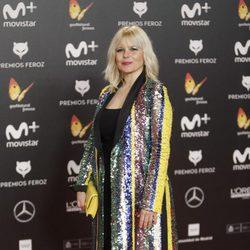 Lluvia Rojo en la alfombra roja de los Premios Feroz 2018