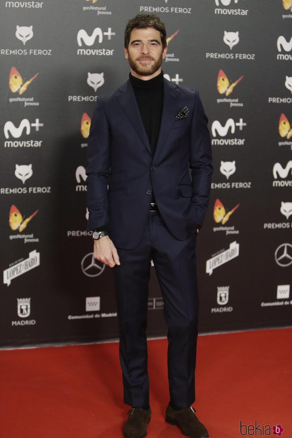 Alfonso Bassave en la alfombra roja de los Premios Feroz 2018