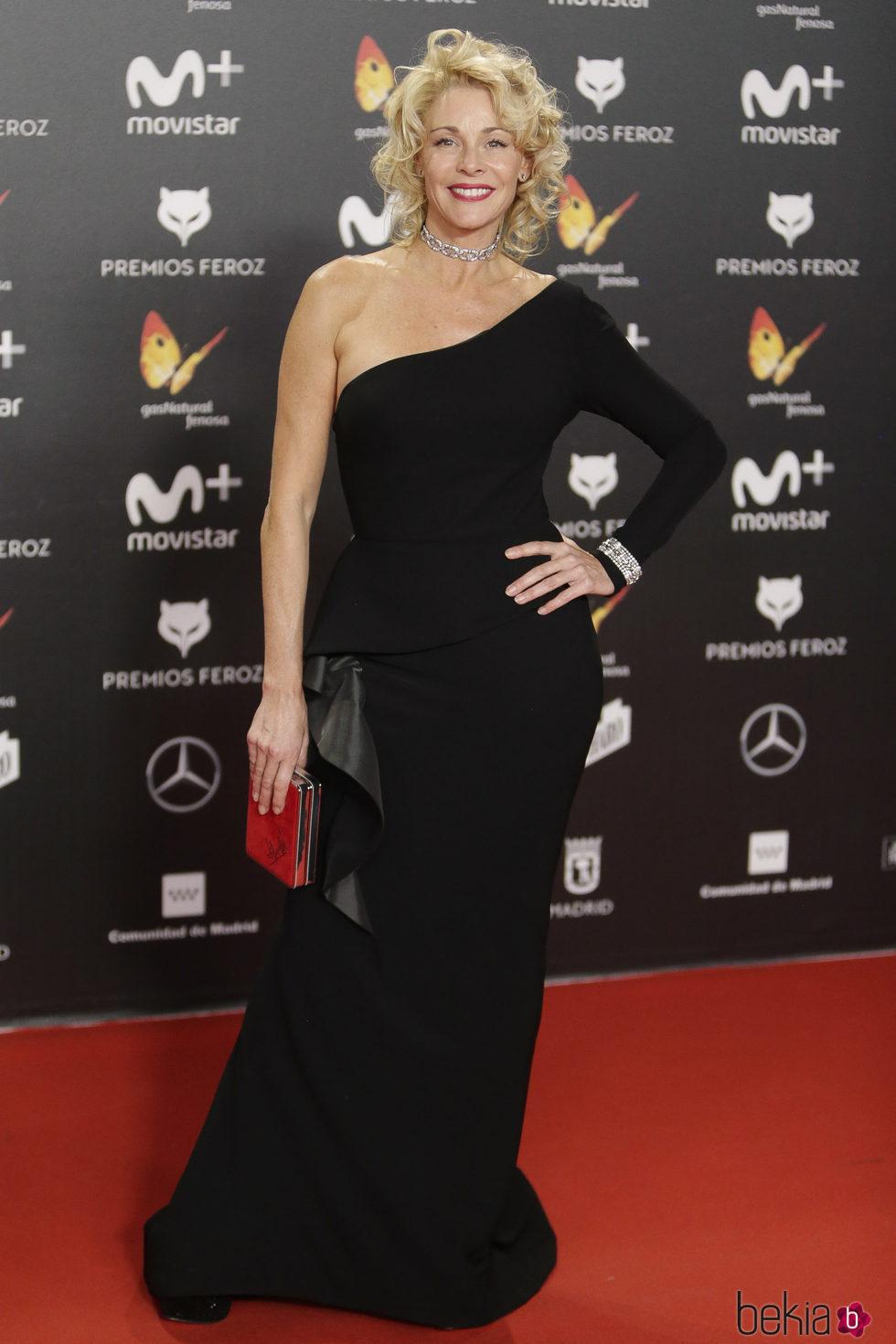 Belén Rueda en la alfombra roja de los Premios Feroz 2018