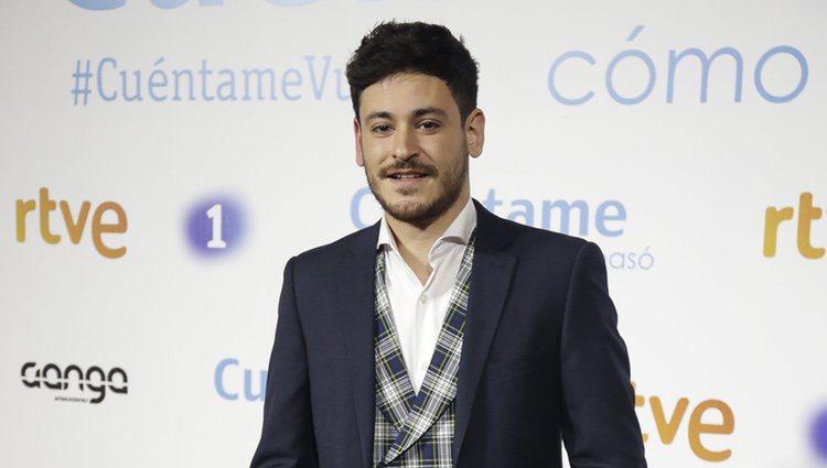 Cepeda ('OT 2017') posa en la premier de la 19 temporada de 'Cuéntame'