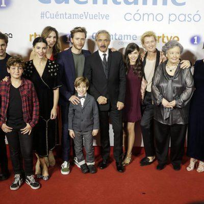Foto de familia de los protagonistas de 'Cuéntame' en la premier de la 19 temporada
