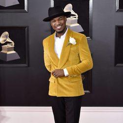 Ne-Yo en la alfombra roja de los Premios Grammy 2018