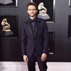 Zedd en la alfombra roja de los Premios Grammy 2018