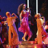 Rihanna durante su actuación en los Premios Grammy 2018
