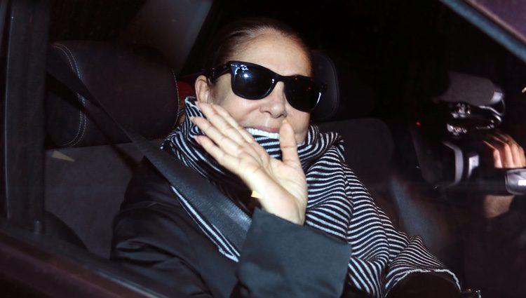 Isabel Pantoja, muy feliz tras el nacimiento de su nieta Carlota