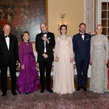 El Príncipe Guillermo y Kate Middleton con la Familia Real Noruega en la cena de gala en su honor en Oslo