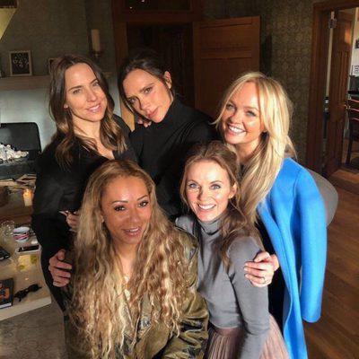 Las 'Spice Girls' posan sonrientes en su reencuentro