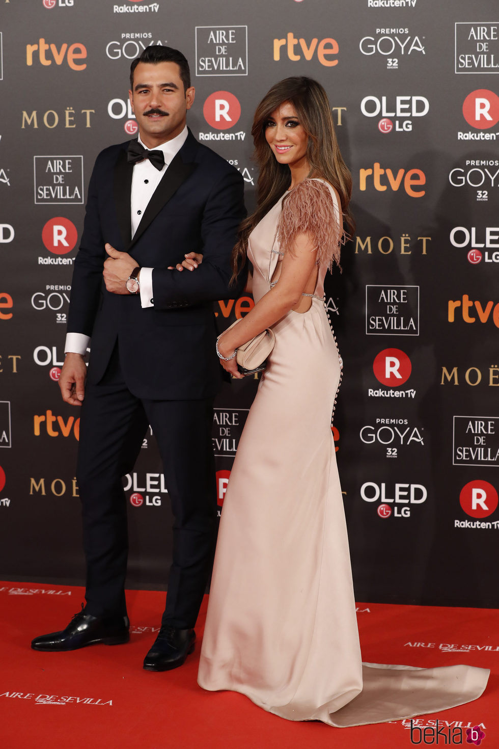 Antonio Velázquez y Marta González en la alfombra roja de los Premios Goya 2018