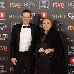 Gustavo y Julia Salmerón en la alfombra roja de los Premios Goya 2018