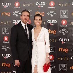Alberto Ammann y Clara Méndez en la alfombra roja de los Premios Goya 2018