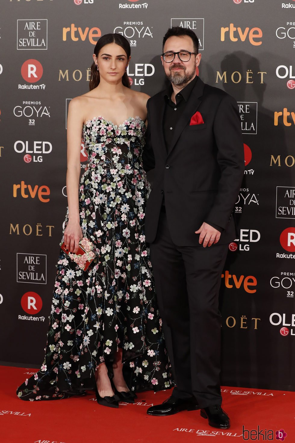 Sandra Escacena y Paco Plaza en la alfombra roja de los Premios Goya 2018
