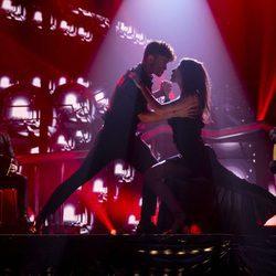 Ana Guerra bailando un tango en su actuación de la gala final de 'OT 2017'