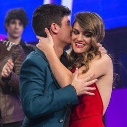 Alfred y Amaia muy cariñosos durante la gala final de 'OT 2017'