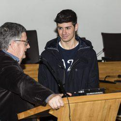 Alfred Garcia junto al alcalde de El Prat