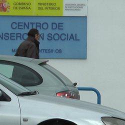 Julián Muñoz entrando en el Centro de Inserción Social de Algeciras