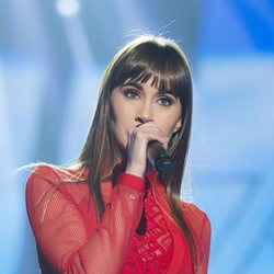 Aitana cantando 'Issues' en la fiesta final de 'OT 2017'