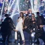 Ana Guerra y Aitana cantando 'Lo malo' en la fiesta final de 'OT 2017'