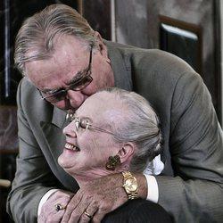 Enrique de Dinamarca besa a Margarita de Dinamarca