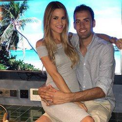 Elena Galera y Sergio Busquets, muy sonrientes