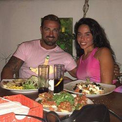 Rafa Mora posa con su pareja, Macarena Millán, por San Valentín 2018