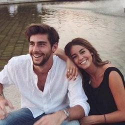 Álvaro Soler con Sofía Ellar celebrarando San Valentín